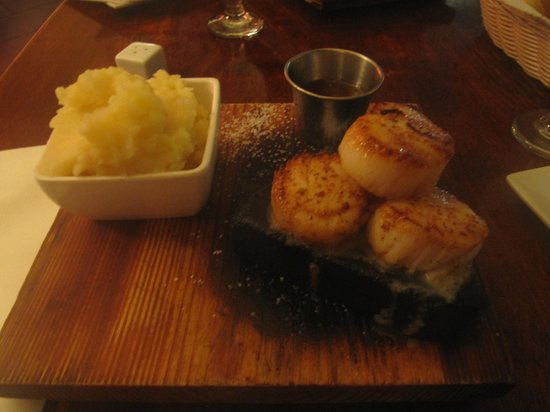 The Stone Restaurant: scallops