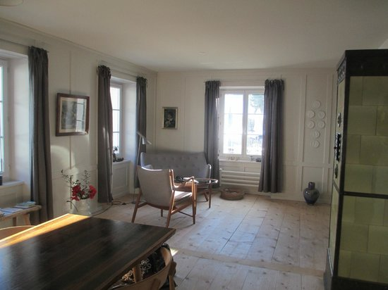 Brucke 49: Living area