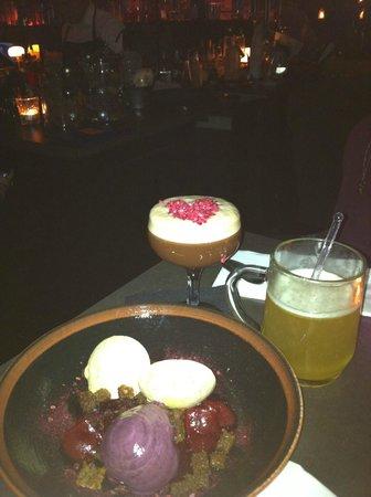 Candeur Dessert & Cocktail Bar : Cocktails!