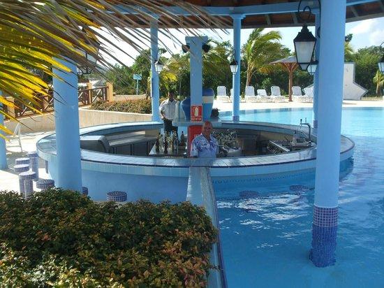 Hotel Playa Costa Verde Miguel Plus Pool Bartender
