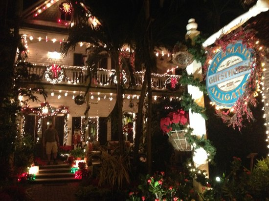 The Mermaid & The Alligator: One of the most beautifully decorated B&Bs in Key West at Christmas