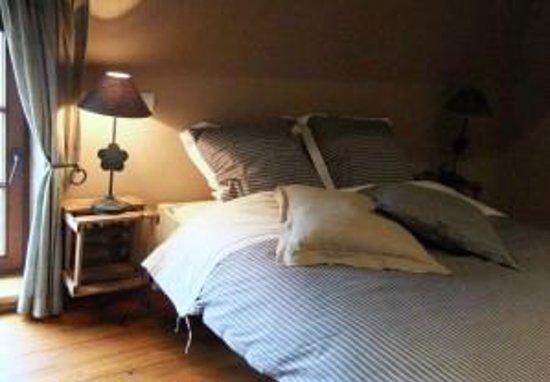 Chambres d'Hôtes Presabot : « LA TARTARIE »     Grande chambre avec lit double