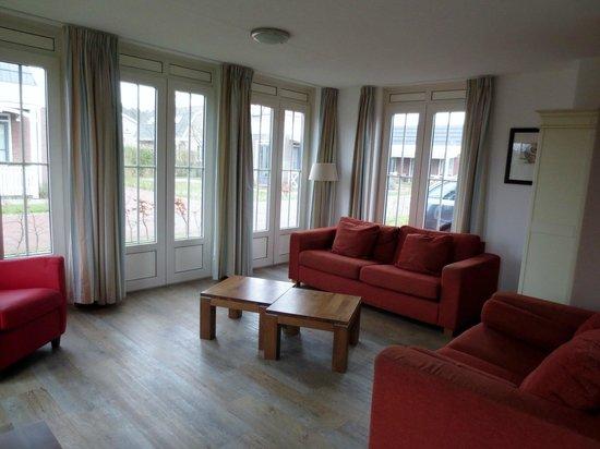 Tulp & Zee Bungalow Park: Lounge area