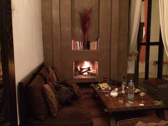 Riad Davia : Une partie du salon