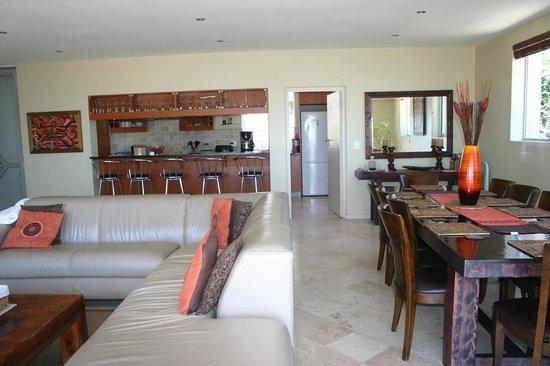 Villa Atlantica Boutique Guesthouse: living area