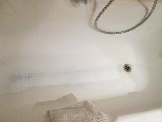 Hotel Isis Thalasso & Spa : hotel moyen