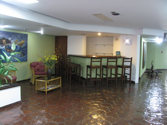 Imperial Hotel: Lobby Bar