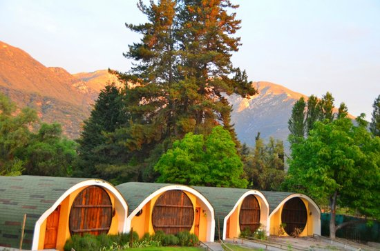 La Calma de Rita : The cabins and Andes mountians