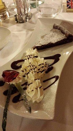 L'angolo di Napoli: Torta cioccolatino con chiave di volta... un artista!