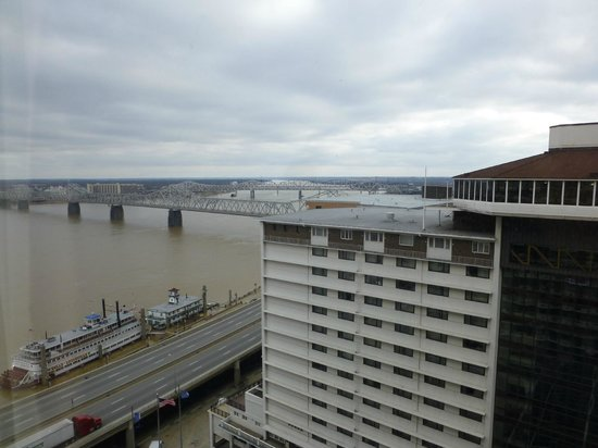 The Galt House, a Trademark Collection Hotel: View from 20th floor