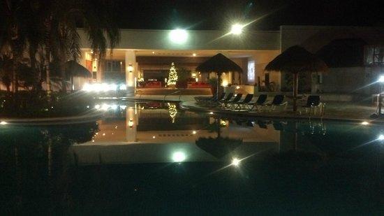 Sunscape Sabor Cozumel : Vista interior hacía el looby