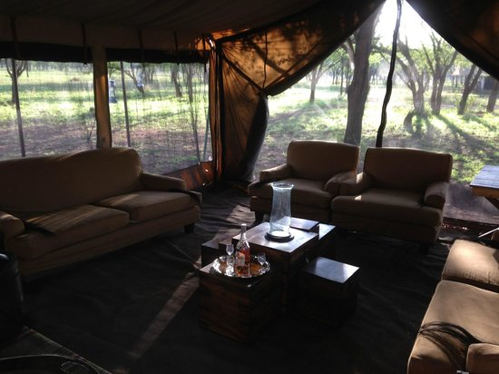 andBeyond Serengeti Under Canvas : Meeting Room/Tent