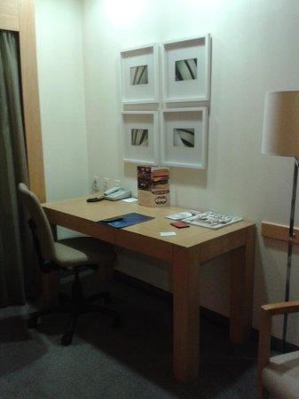 nobile suites congonhas escritorio de la habitacin