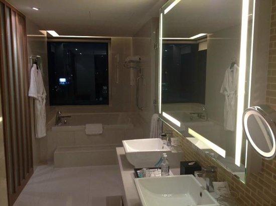 Le Meridien Chiang Mai : Bathroom