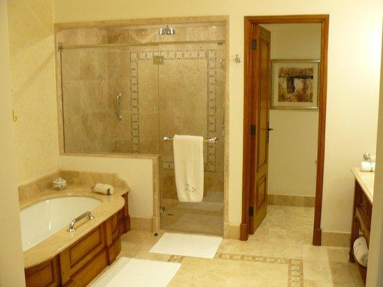 Belmond Palacio Nazarenas: Baño con suelo calefactado