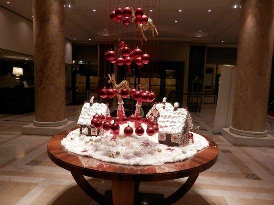 Athenee Palace Hilton Bucharest: Ρεσεψιον
