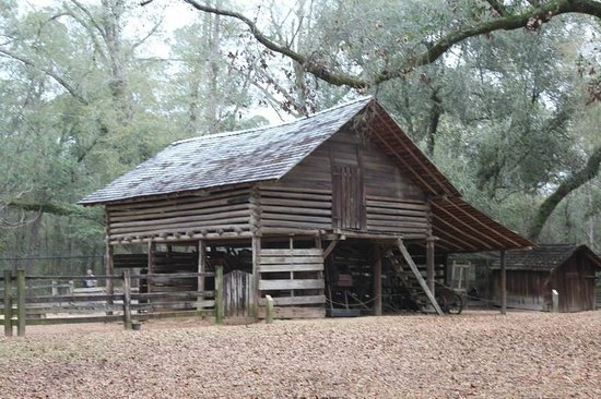 Tallahassee Museum: Old Farm Buildings