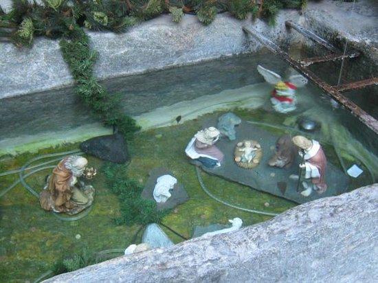 Forte di Bard: dentro la fontana