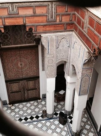Dar Seffarine : view of interior courtyard