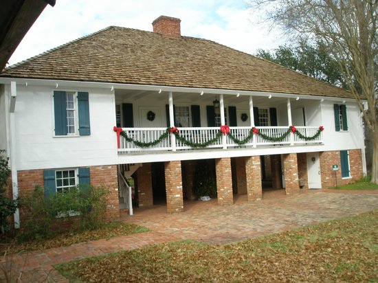 Kent Plantation House: Main house.