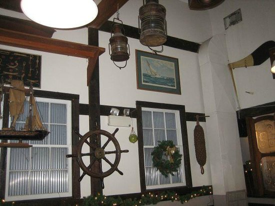 Black Seal: Inside Restaurant decorations