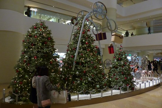 Pacific Place - Christmas tree (2013)