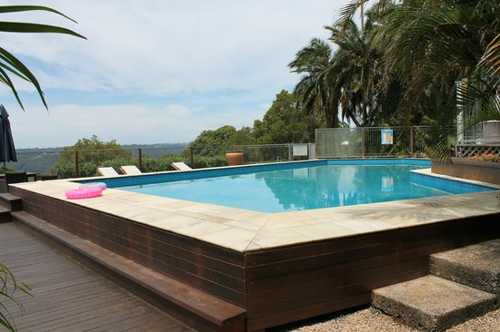 Montville Holiday Apartments : Pool