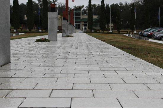 Kanapaha Park: Veterans Memorial