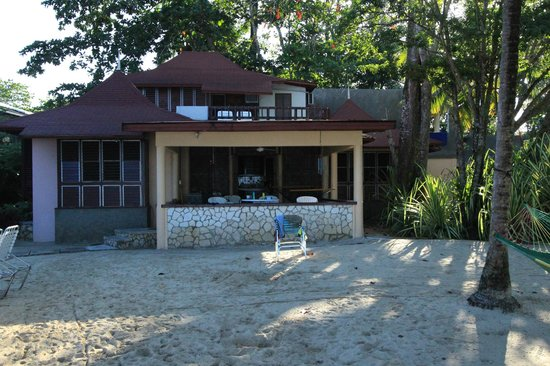 Nirvana on the Beach : The Owners Villa