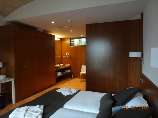 Hotel Mas Falet 1682 : Coin salle d'eau