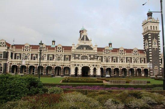 Otago shuttles & Tours Ltd