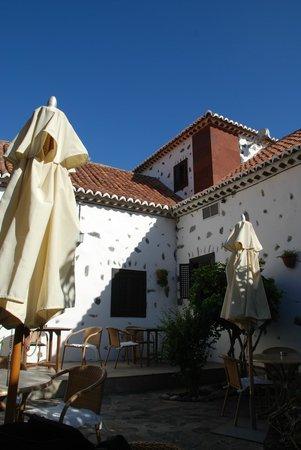 Parador de la Gomera: courtyard