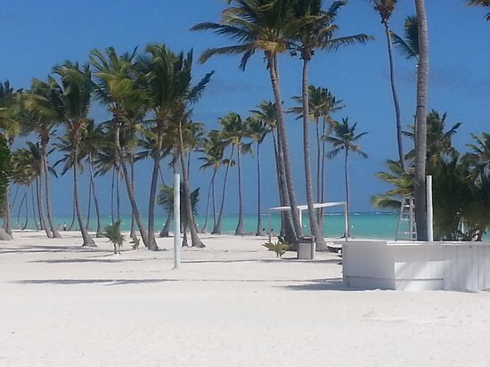 Sanctuary Cap Cana by AlSol: The Public Beach