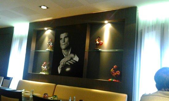 Brasserie club 15: On est bien chez Fabien Pelous propriétaire du club 15 !
