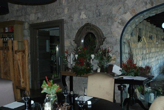 Aquapetra Resort & Spa: Dining room