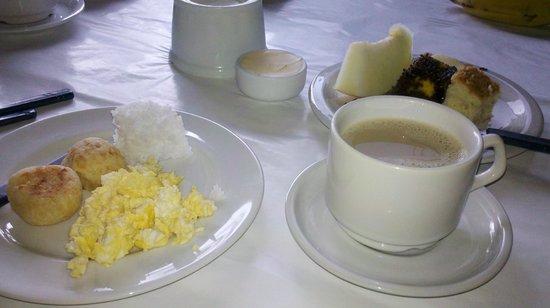 Portal do Atlantico Apart Hotel : Café da manhã