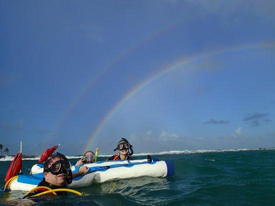Aqua Adventure : over the rainbow