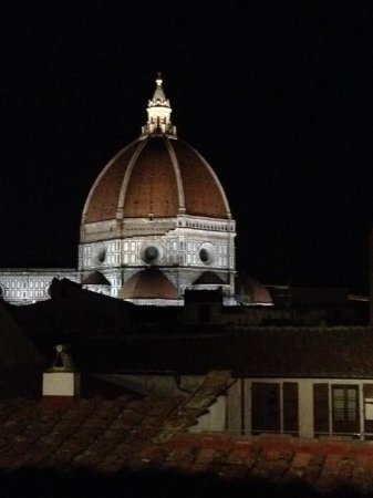 San Firenze Suites & Spa : Ask for a room with a view of the Duomo!
