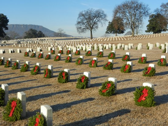 Chattanooga National Cemetery: Remembering the fallen at Christmas
