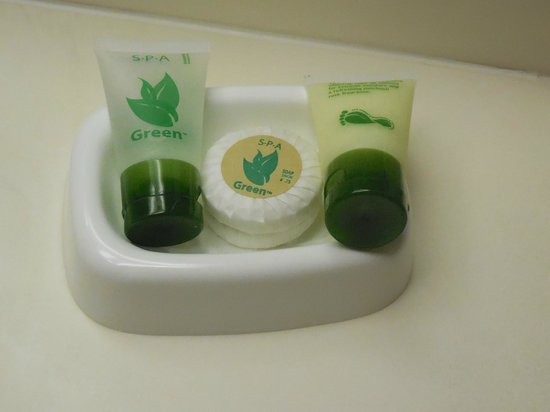 Best Western Plus Dayton Northwest: Bathroom amenities