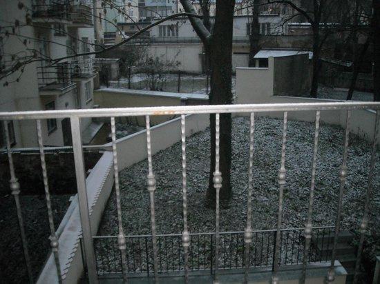 Hotel Trevi: Vista da sacada