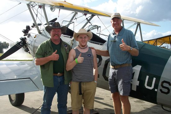 Waldo Wright's Flying Service: The thumbs up after both flights!