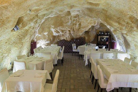 Calitri Italy Map.La Sala Picture Of La Locanda Dell Arco Calitri Tripadvisor