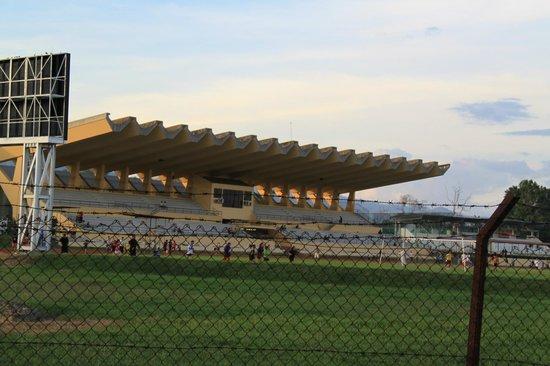 Hotel Perkasa: Stadium Next to Hotel