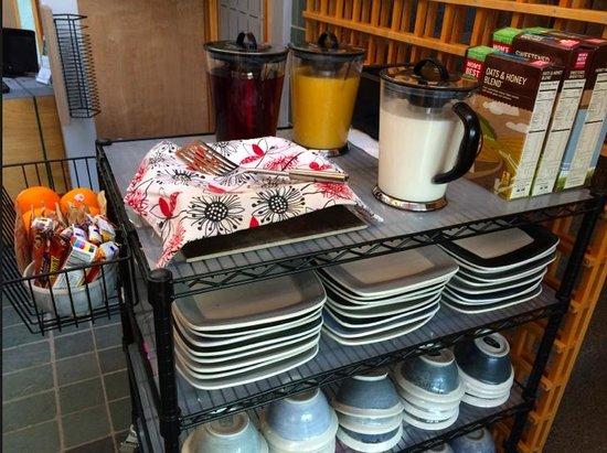 A Stone Wall Inn: Breakfast