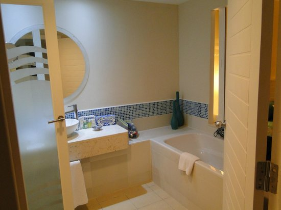 Hotel Meliá Marina Varadero: Bathroom