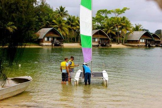 Holiday Inn Resort Vanuatu: Sailing lessons