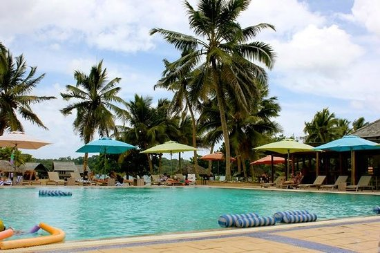 Holiday Inn Resort Vanuatu: Main pool area