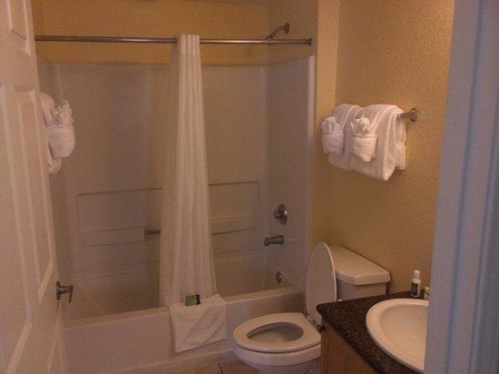 Silver Lake Resort: Second bathroom