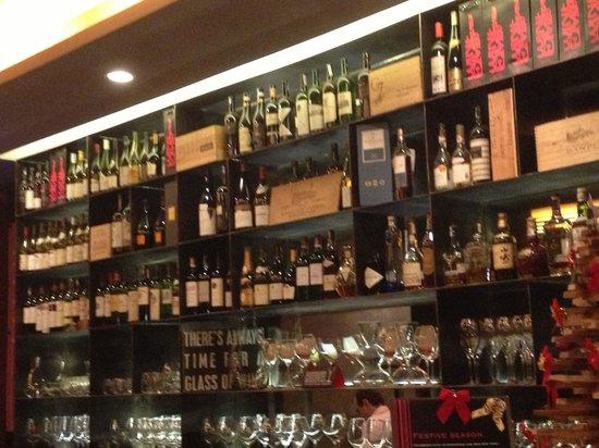 Wine Embassy: Wine awaits you!